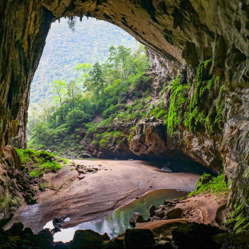Populaire bezienswaardigheid in Vietnam: Hang En Cave in Phong Nha-Ke Bang National Park